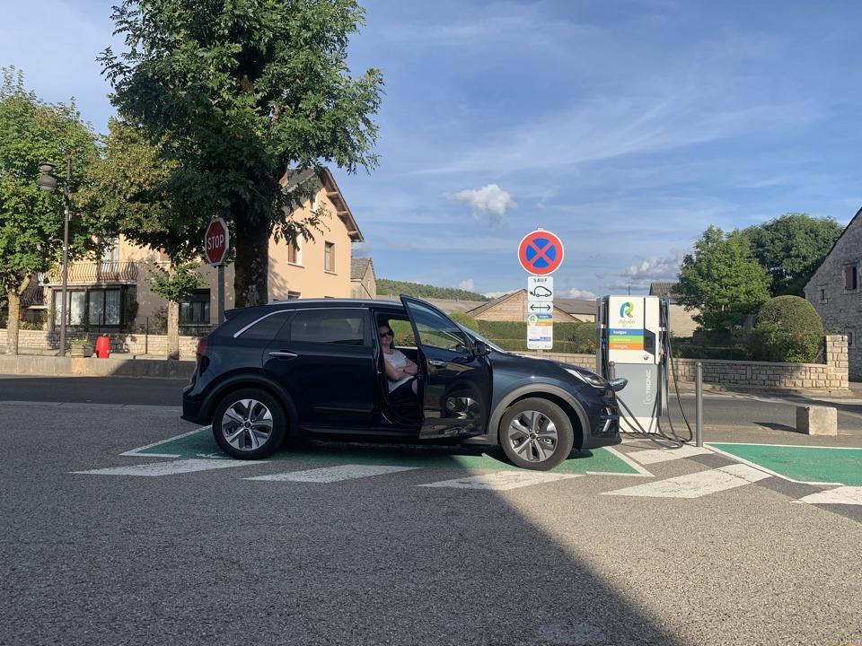 elektische auto opladen vakantie