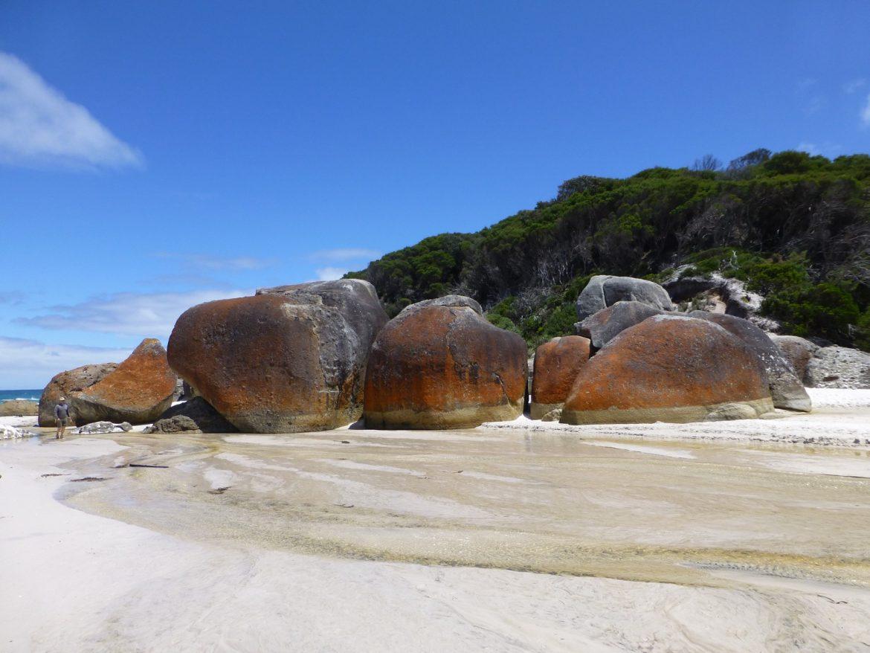 Prachtige rotsen op Squeaky Beach